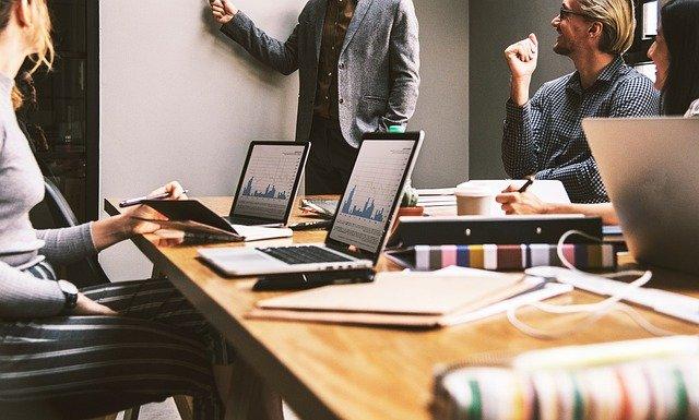 Les services d'un expert web pour la création  et la gestion de votre site